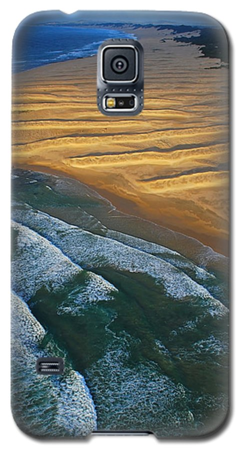 Coast Galaxy S5 Case featuring the photograph Sun Rise Coast by Skip Hunt
