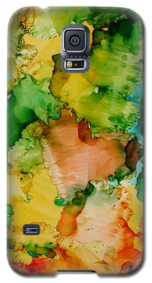 Abstract Galaxy S5 Case featuring the painting Sunlit Reef by Susan Kubes