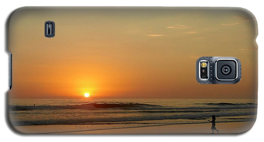 Pacific Galaxy S5 Case featuring the photograph Sunset Over La Jolla Shores by Christine Till