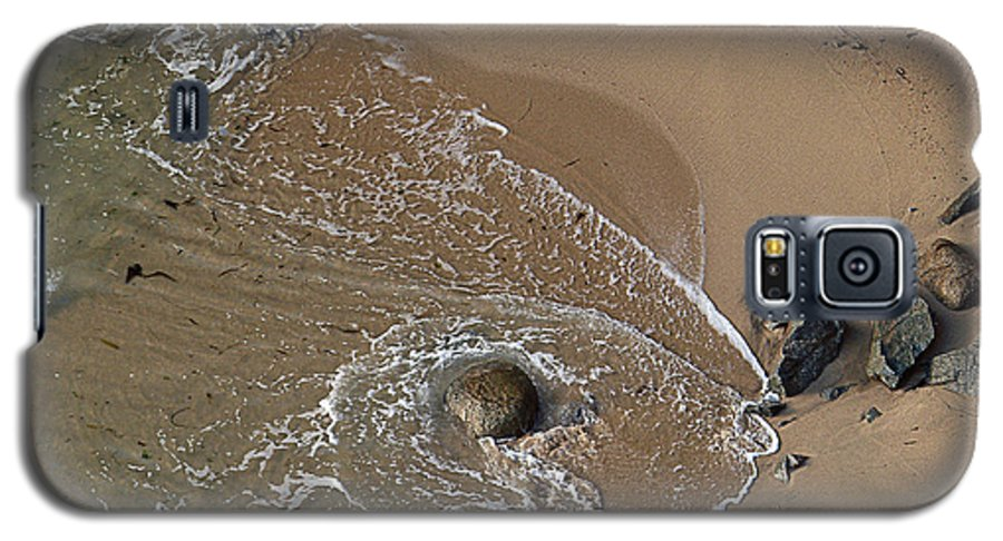 Big Sur Galaxy S5 Case featuring the photograph Swirling Surf And Rocks by Charlene Mitchell