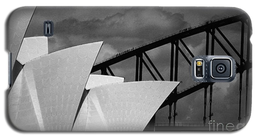 Sydney Opera House Galaxy S5 Case featuring the photograph Sydney Opera House With Harbour Bridge by Avalon Fine Art Photography