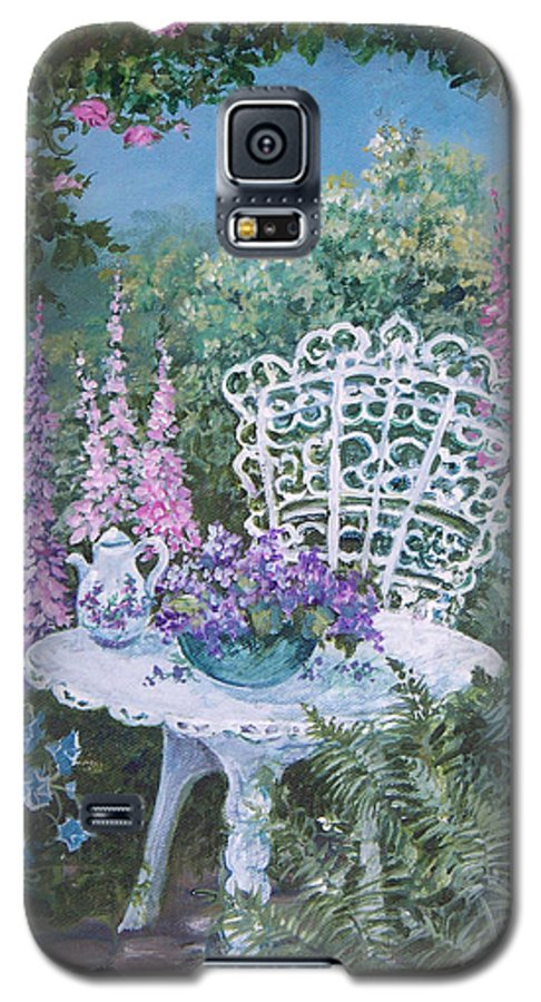 Garden;flowers;teapot;ornamental;roses; Galaxy S5 Case featuring the painting Tea Time In The Garden by Lois Mountz
