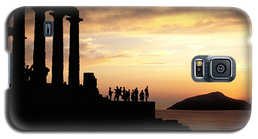 Tourists Galaxy S5 Case featuring the photograph Temple Of Poseiden In Greece by Carl Purcell