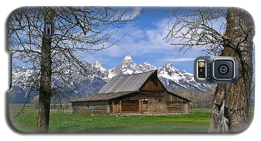 Teton Galaxy S5 Case featuring the photograph Teton Barn by Douglas Barnett