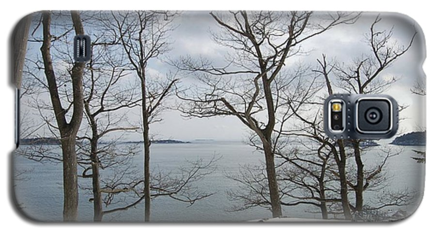 Water Galaxy S5 Case featuring the photograph The Bay In Winter by Faith Harron Boudreau