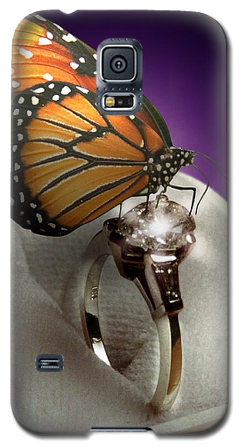 Fantasy Galaxy S5 Case featuring the photograph The Butterfly And The Engagement Ring by Yuri Lev