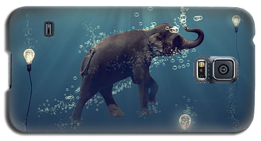 Elephant Galaxy S5 Case featuring the photograph The Dreamer by Martine Roch