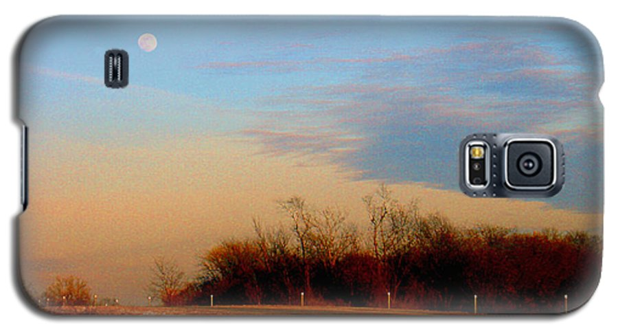 Landscape Galaxy S5 Case featuring the photograph The On Ramp by Steve Karol