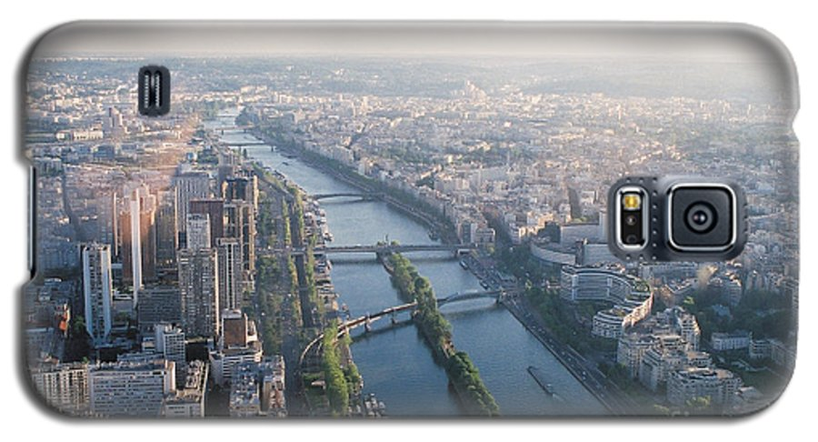 City Galaxy S5 Case featuring the photograph The Seine River In Paris by Nadine Rippelmeyer