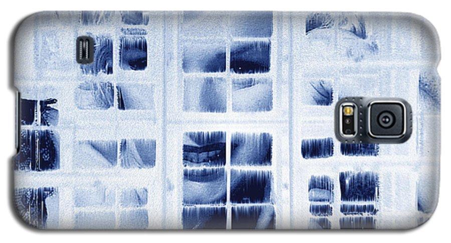 Marilyn Monroe Galaxy S5 Case featuring the digital art The Voyeur by Seth Weaver