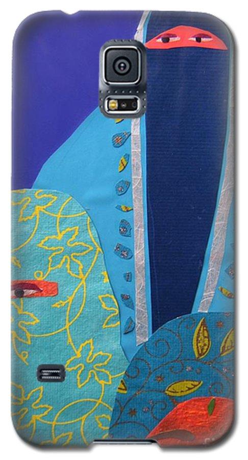 Women Galaxy S5 Case featuring the painting Three Women In Burkhas by Debra Bretton Robinson