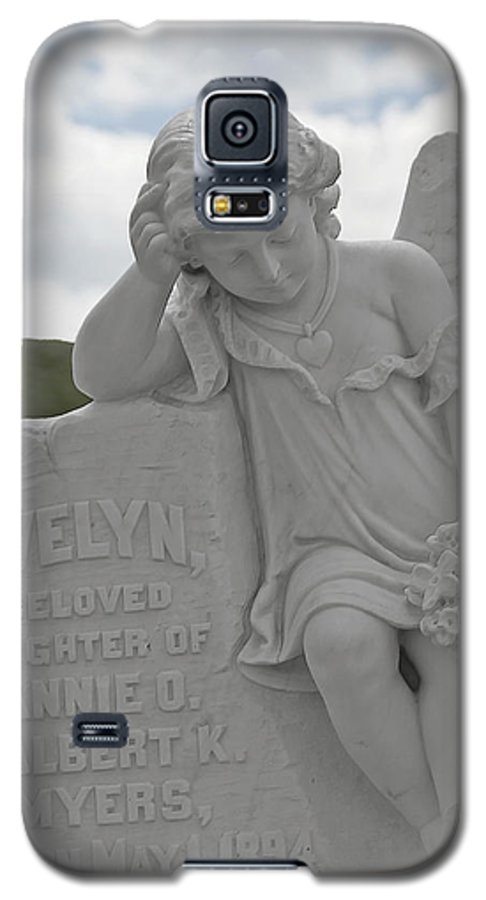 Bodie Galaxy S5 Case featuring the photograph Tombstone Angel For An Angel by Christine Till