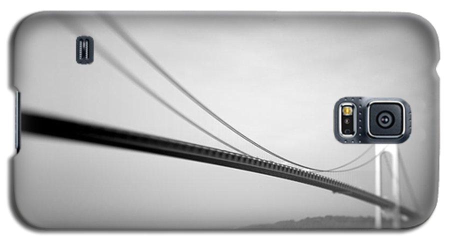 Black & White Galaxy S5 Case featuring the photograph Verrazano Bridge 2 by Tony Cordoza