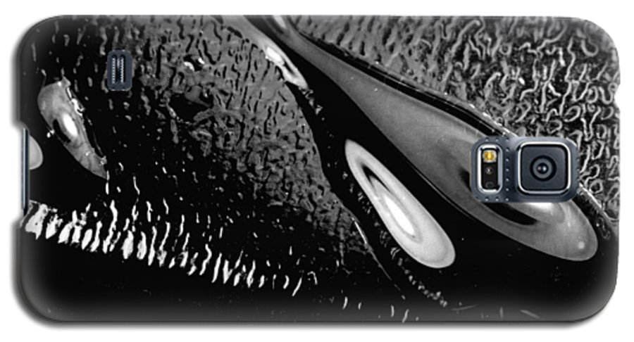 Water Galaxy S5 Case featuring the photograph Waterdrop 6 by Nancy Mueller