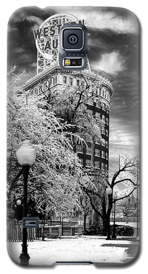 Western Auto Kansas City Galaxy S5 Case featuring the photograph Western Auto In Winter by Steve Karol