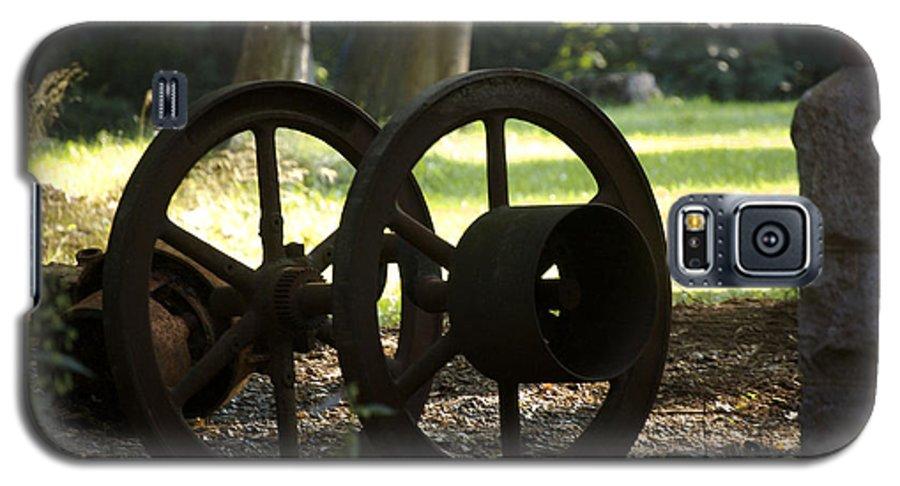 Wheel Galaxy S5 Case featuring the photograph Wheels Of War-spanish American War Artifacts by Faith Harron Boudreau