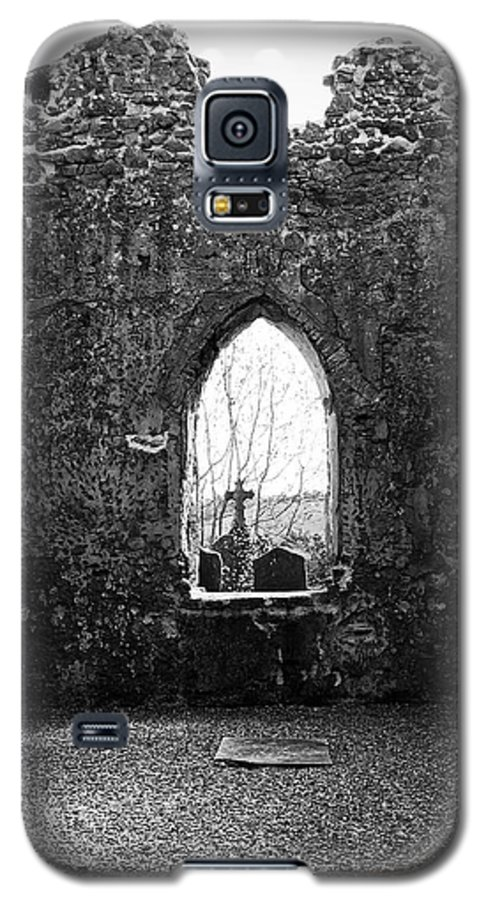 Ireland Galaxy S5 Case featuring the photograph Window At Fuerty Church Roscommon Ireland by Teresa Mucha