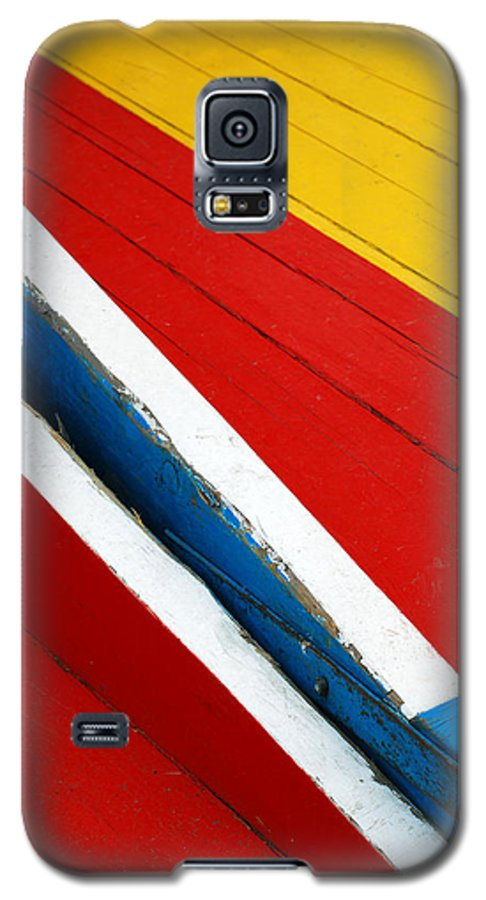 Red Galaxy S5 Case featuring the photograph Xochimilco Boat Abstract 1 by Skip Hunt