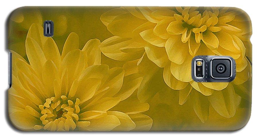 Yellow Mum Art Galaxy S5 Case featuring the photograph Yellow Mums by Linda Sannuti