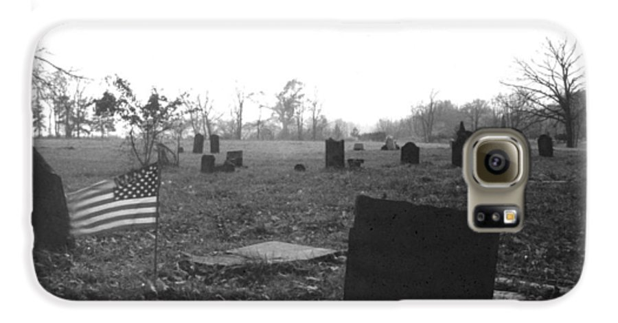 Flag Galaxy S6 Case featuring the photograph 10602-16bw Memorial Day 1991 by Mike Davis