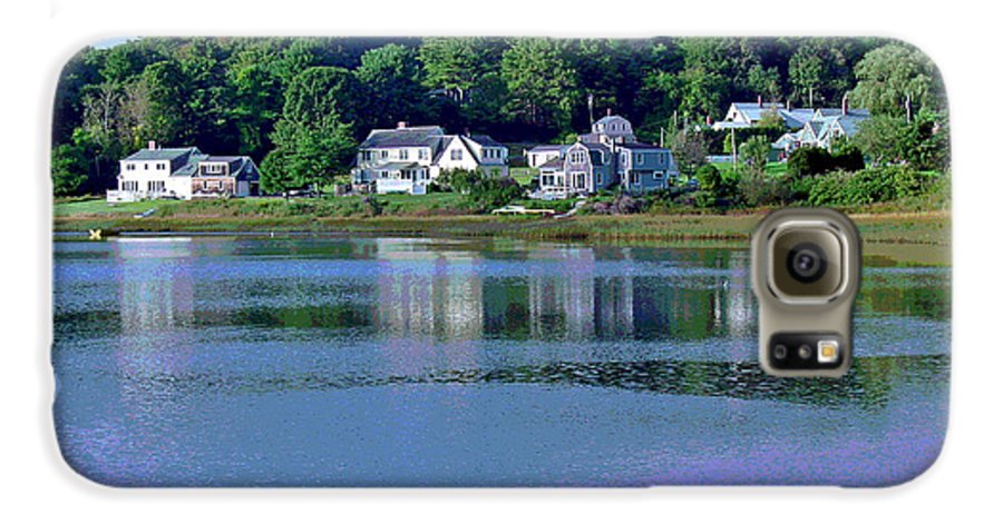 Maine Galaxy S6 Case featuring the photograph Maine Lakefront by Suzanne Gaff