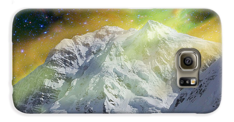 Alaska Galaxy S6 Case featuring the photograph Mt. Hunter Aurora # Da 129 by Dianne Roberson