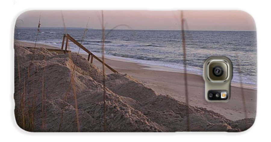 Pink Galaxy S6 Case featuring the photograph Pink Sunrise On The Beach by Nadine Rippelmeyer
