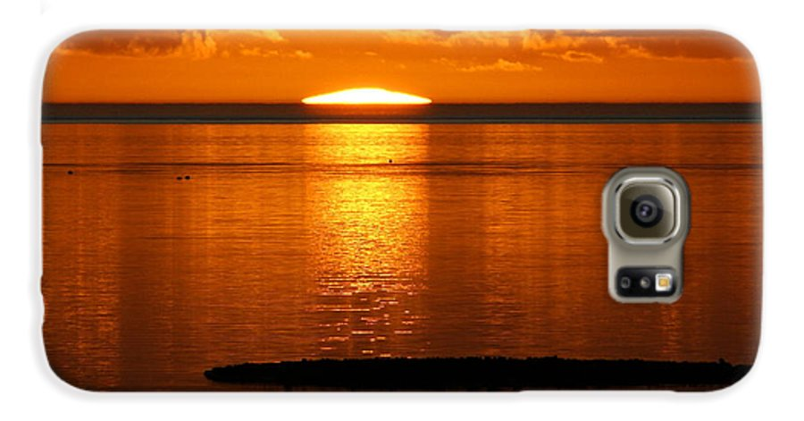 Sunset Galaxy S6 Case featuring the photograph Looking For The Green Flash by Debbie May