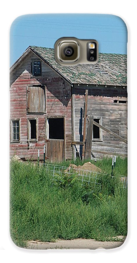 Farm Galaxy S6 Case featuring the photograph A Drive In The Country by Margaret Fortunato