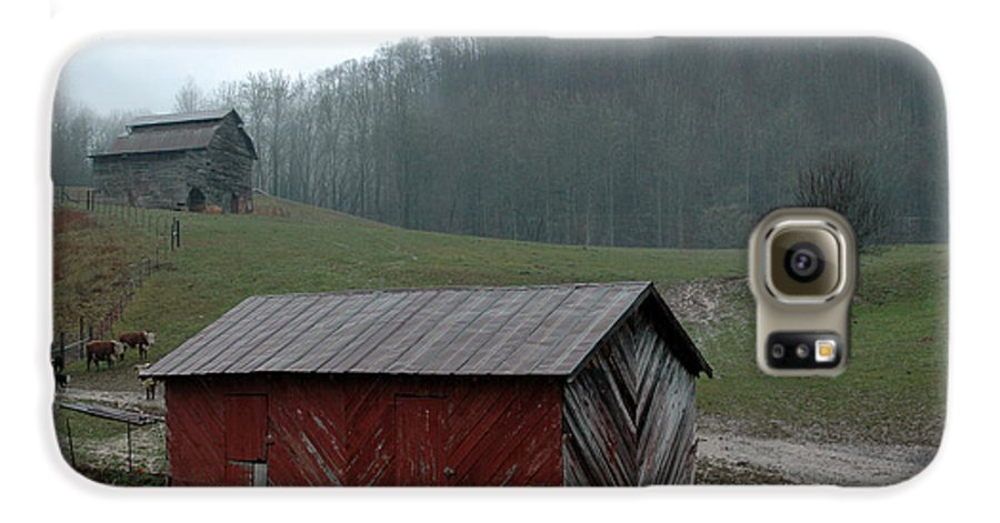 Barn Galaxy S6 Case featuring the photograph Barn At Stecoah by Kathy Schumann
