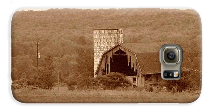 Barn Galaxy S6 Case featuring the photograph Broken by Rhonda Barrett