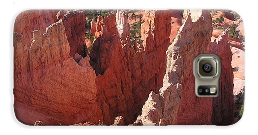 Bryce Galaxy S6 Case featuring the photograph Bryce Canyon Look by Louise Magno