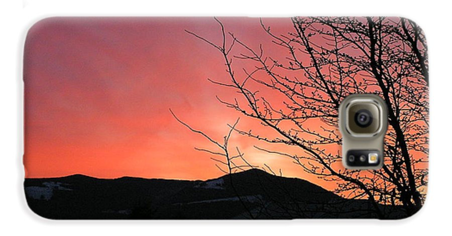Sunrise Galaxy S6 Case featuring the photograph Burlington Sunrise by Louise Magno