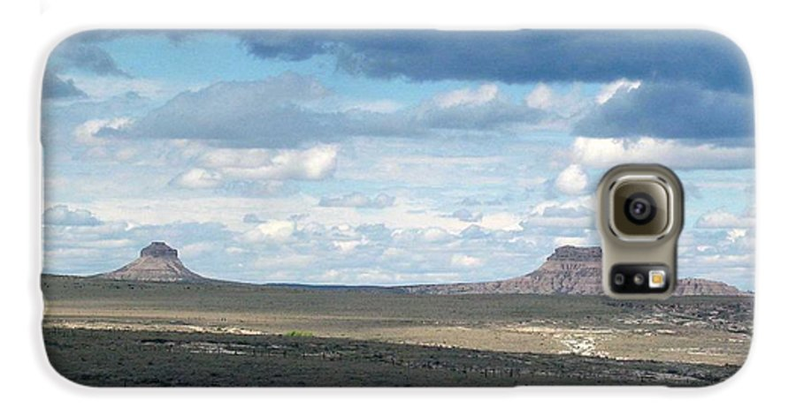 Big Sky Galaxy S6 Case featuring the photograph Buttes by Margaret Fortunato