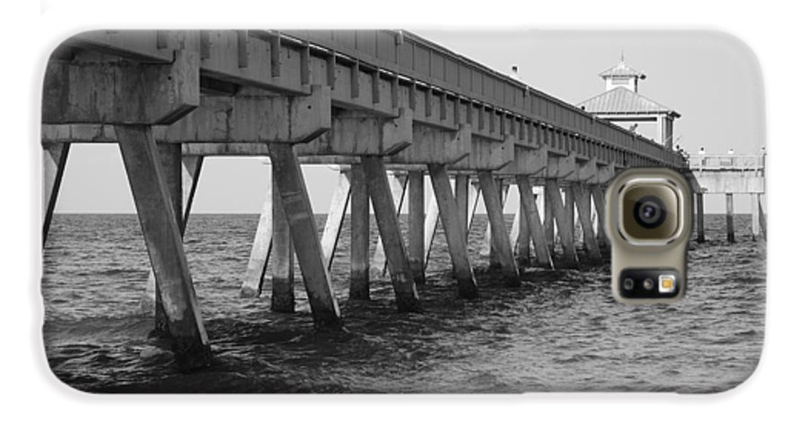 Architecture Galaxy S6 Case featuring the photograph Deerfield Beach Pier by Rob Hans