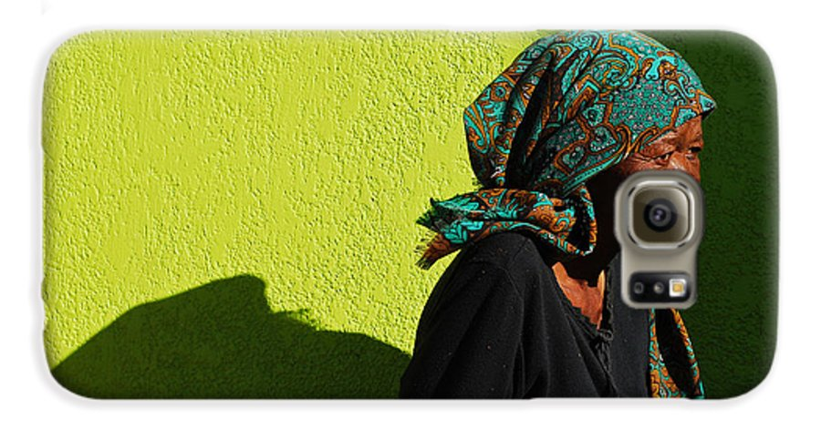 Africa Galaxy S6 Case featuring the photograph Lady In Green by Skip Hunt