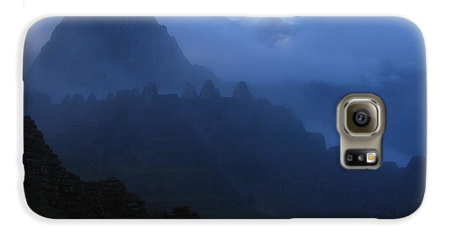 Landscape Galaxy S6 Case featuring the photograph Machu Picchu Dawn by Sam Oppenheim