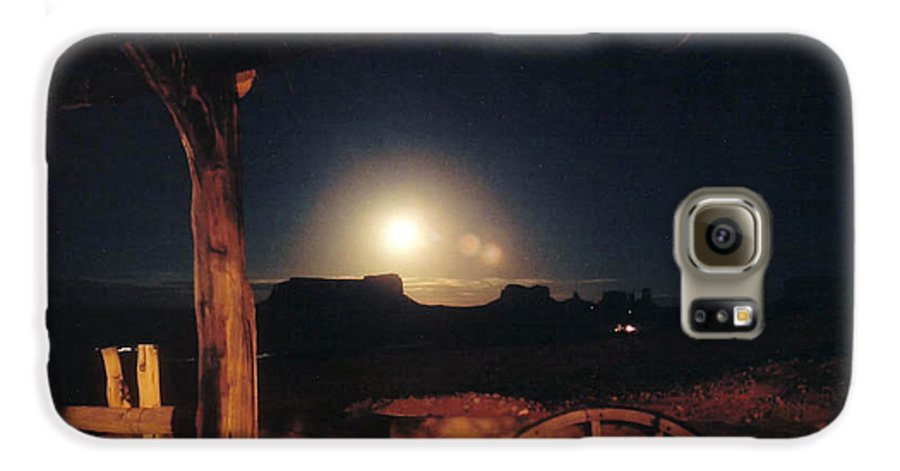 Landscape Galaxy S6 Case featuring the photograph Monument Moonrise by Cathy Franklin