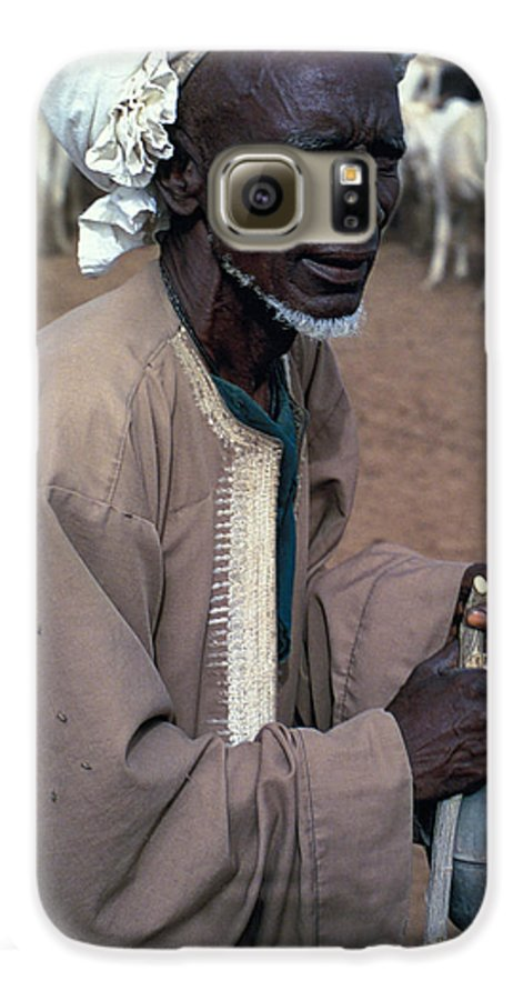 Turban Galaxy S6 Case featuring the photograph Nomad In Senegal by Carl Purcell