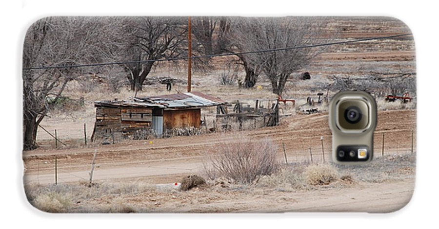 House Galaxy S6 Case featuring the photograph Old Ranch House by Rob Hans