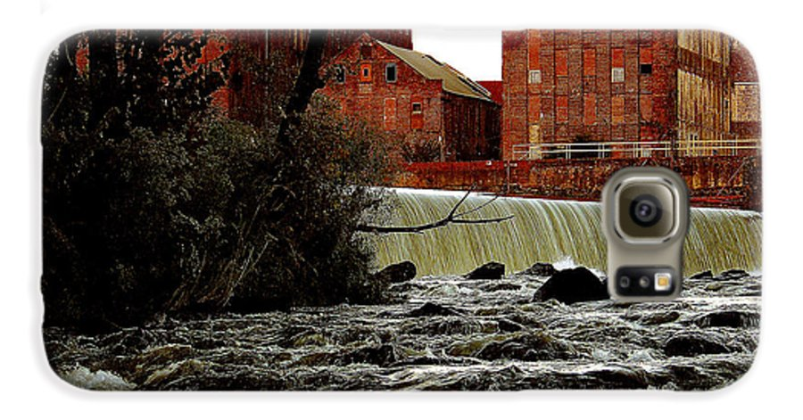 Water Galaxy S6 Case featuring the photograph Old River Dam In Columbus Georgia by Ruben Flanagan