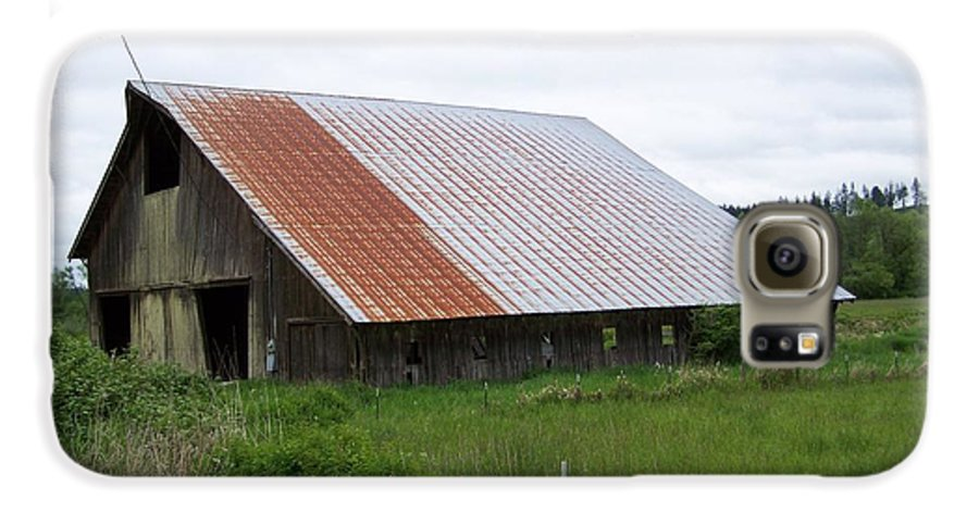 Barn Galaxy S6 Case featuring the photograph Old Tin Roof Barn Washington State by Laurie Kidd