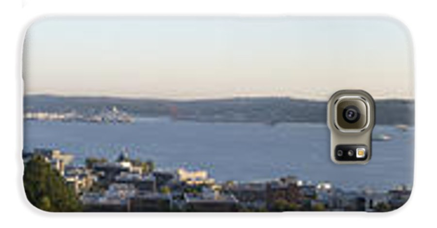 Panoramic Galaxy S6 Case featuring the photograph Panoramic Of Seattle by Larry Keahey
