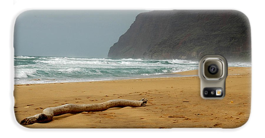 Beach Galaxy S6 Case featuring the photograph Polihale State Park by Kathy Schumann