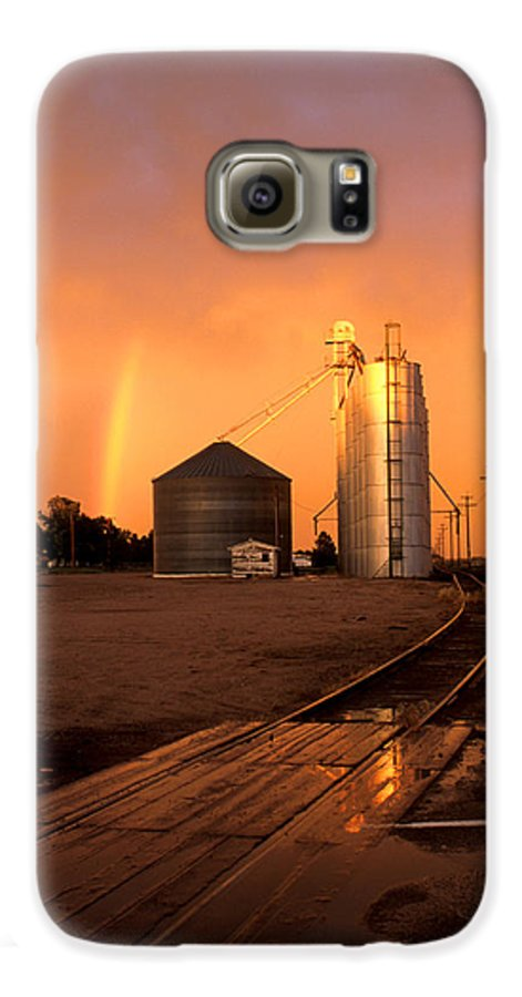 Potter Galaxy S6 Case featuring the photograph Rainbow In Potter by Jerry McElroy