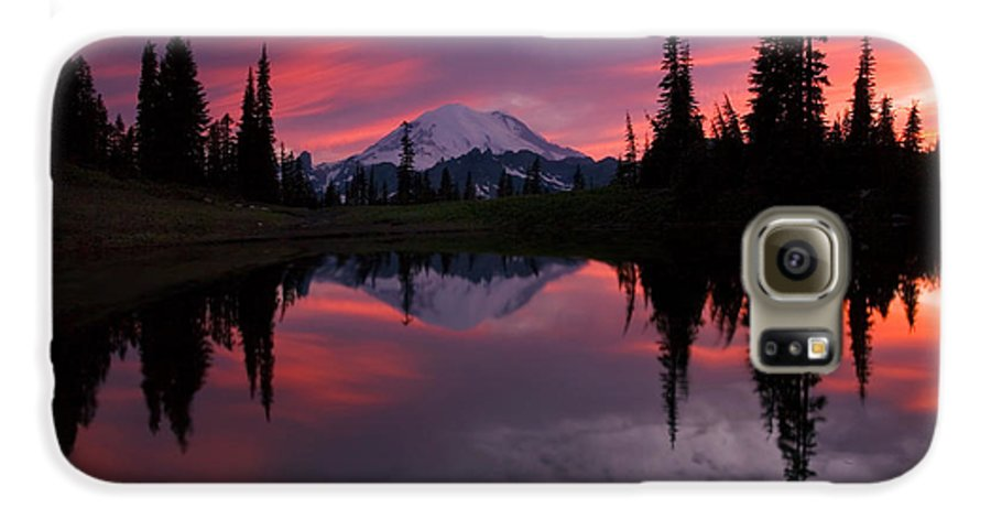 Rainier Galaxy S6 Case featuring the photograph Red Sky At Night by Mike Dawson