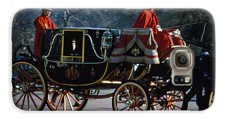 Coach Galaxy S6 Case featuring the photograph Royal Carriage In London by Carl Purcell