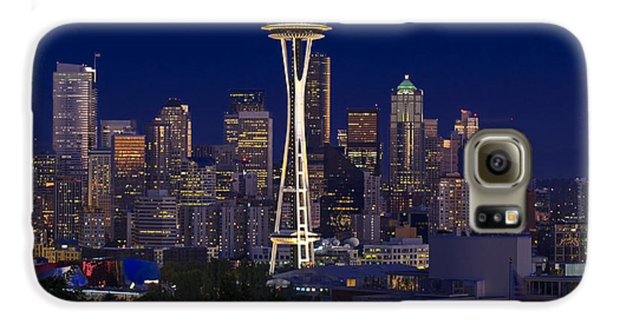 Seattle Galaxy S6 Case featuring the photograph Seattle At Night by Larry Keahey
