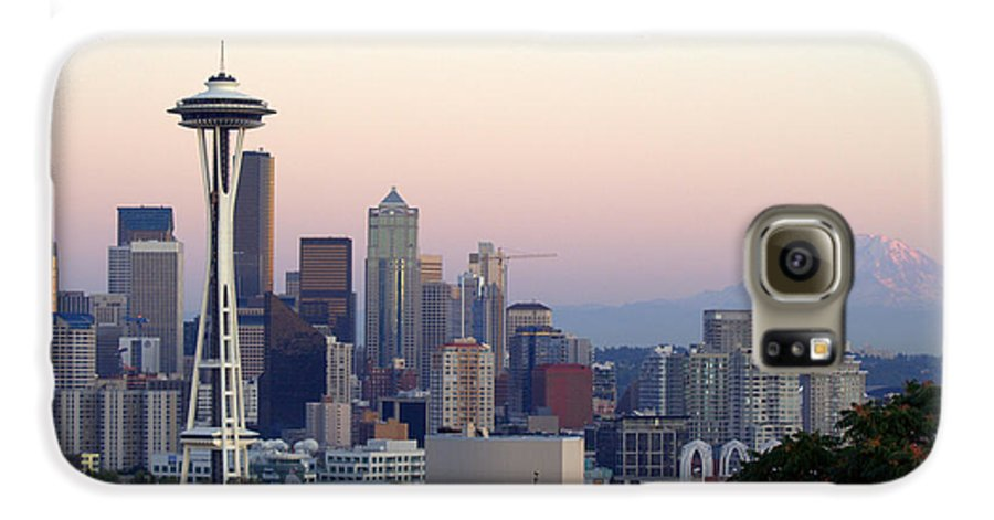 Mountain Galaxy S6 Case featuring the photograph Seattle by Larry Keahey