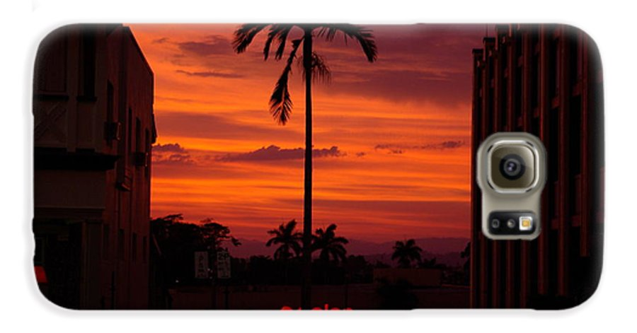 Innisfail Galaxy S6 Case featuring the photograph Solitary Passage by Kerryn Madsen- Pietsch